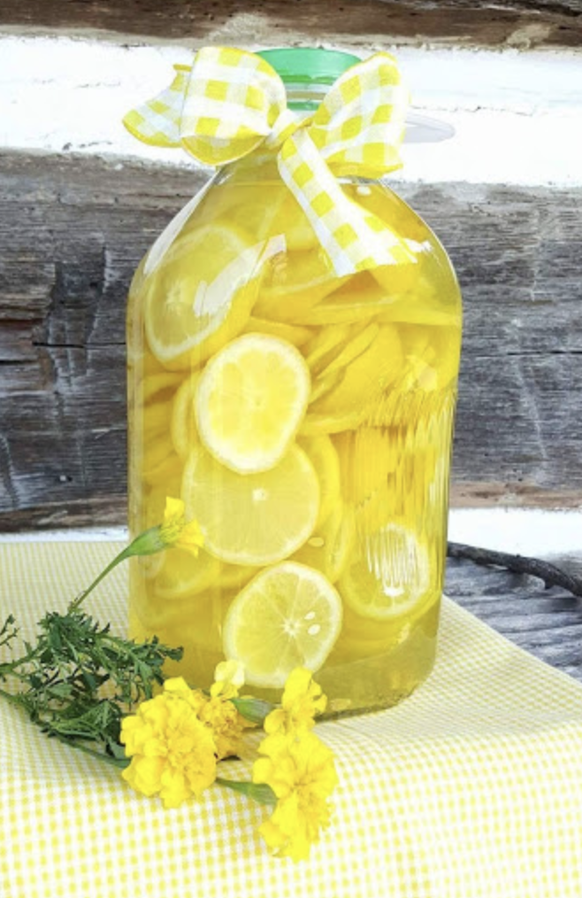 Homemade Lemon Vinegar Cleaner