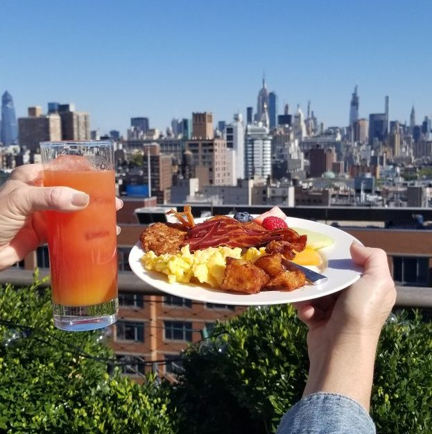 Breakfast and the new york city skyline