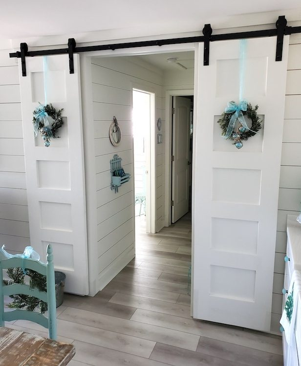 Barn Door Christmas Decor